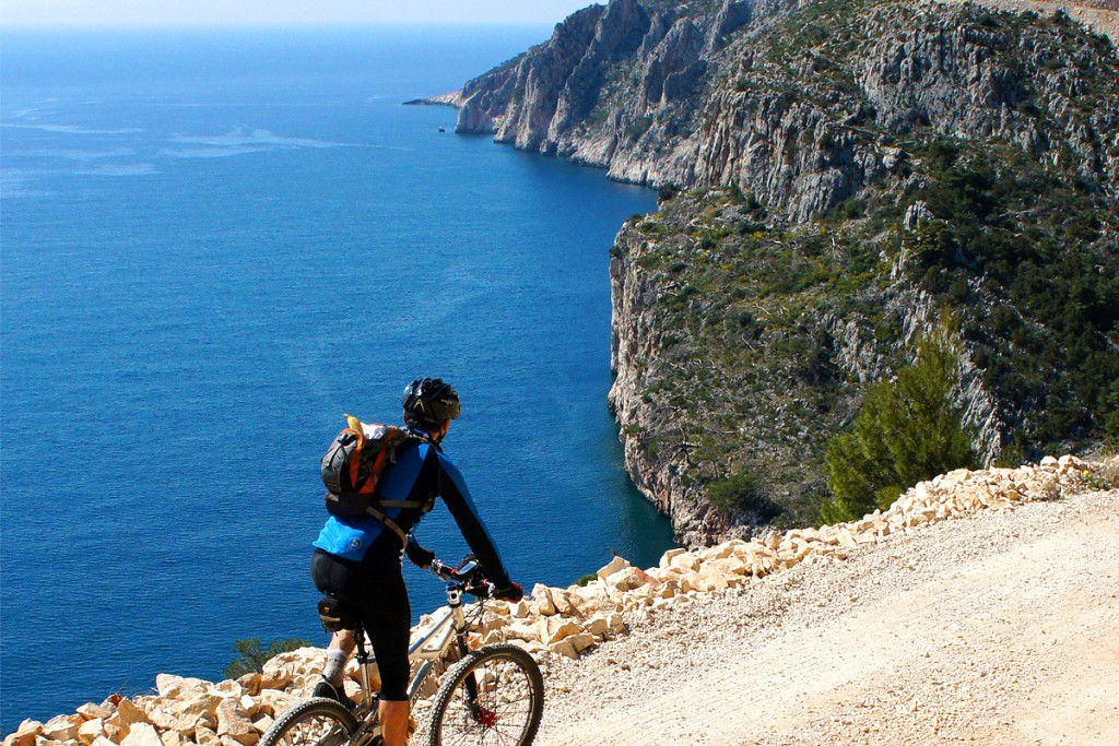 Cycling around Hvar Island