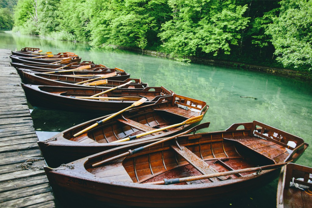 Rent a private boat at Plitvice Lakes