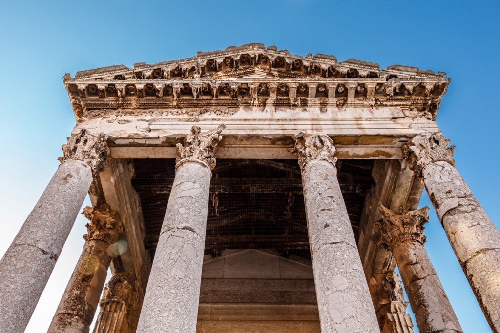 Things to do in Pula: The Temple of Augustus