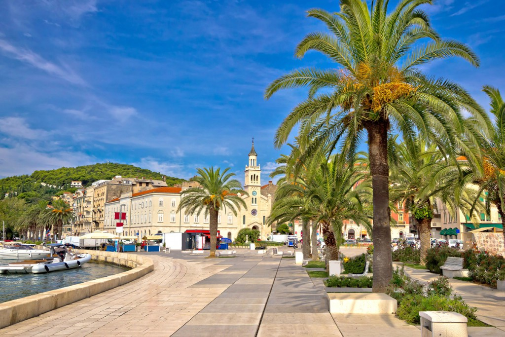 Things to do in Split: promanade Riva