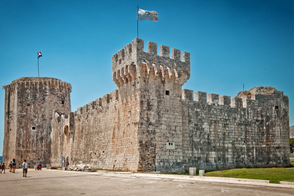 Things to do in Trogir: Kamerlango Castle