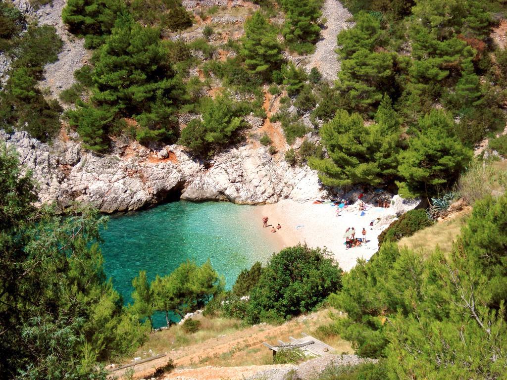 Lučišće Beach (TZ Hvar)